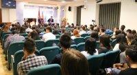 У тувинских студентов в Москве всегда есть возможность напрямую задать вопросы лично Главе Тувы в неформальной обстановке – Александр Куулар