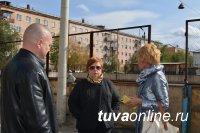 Жители домов Кызыла, где реконструируются дворы, проведут субботники и посадки деревьев