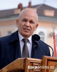 Сергею Уюсову присвоено звание «Заслуженный работник города Кызыла»
