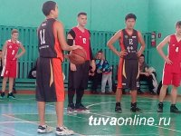 Баскетболисты Кызыла победили в межрегиональном турнире