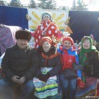 Глава города и мэр столицы Тувы поздравили горожан с Днем матери