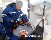 В Туве прошли учения по ликвидации ЧС, вызванных снежными заносами на автомобильной дороге районного значения