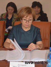 Депутатский корпус города Кызыла пополнила врач Мира Дегтярева