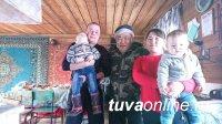 Члены правительства Тувы в новогодние выходные посетили молодых животноводов