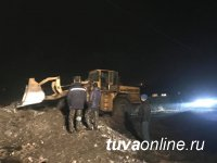 В Кызыле и близлежащем поселке Каа-Хем продолжаются работы по предотвращению подтопления улиц и домов