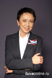 Лариса Шойгу поздравила земляков с Днем Победы