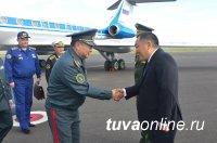Министр обороны России Сергей Шойгу прибыл в Кызыл, где пройдет заседание совета министров обороны государств-участников СНГ