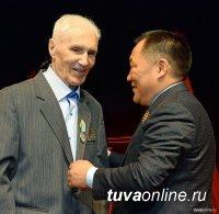 15 июня Тува простится с фронтовиком Владимиром Маландиным
