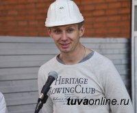 Кызыл: 30 семей, проживавших в ветхом и аварийном жилье, получили новые квартиры
