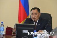 Глава Тувы накануне Дня медика обсудил с главврачами республики вопросы развития сельского здравоохранения
