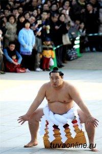 Самых способных к сумо тувинских мальчишек отберут в легендарную школу Асошори Дагвадоржа