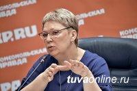 Министр образования России привела в пример Туву, где стимулируют приход учителей-мужчин в школу