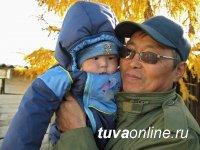 В Петербуге археологи провели мемориальное мероприятие памяти коллеги Владимира Тамба