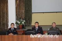 Главный кадровик полиции Тувы встретился с выпускниками профильных вузов