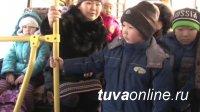 Глава Тувы перед обновленным депутатским корпусом города Кызыла поставил задачу наладить перевозку школьников