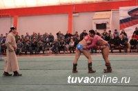 Мерген Монгуш - победитель зимнего республиканского турнира по борьбе хуреш