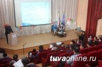 Единороссы Тувы выступают за разработку федерального проекта строительства кварталов комплексной застройки для молодых специалистов на селе