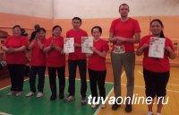 В соревнованиях Бай-Тайгинского кожууна первое место по баскетболу завоевала команда районного суда
