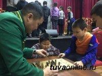 О народных тувинских традициях особенным детям Кызыла