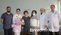 В Красноярске 25-летней кызылчанке пересадили донорскую почку от мамы