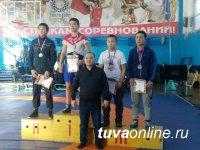 Определены лучшие борцы Тувы среди кадетов 2002-2003 годов рождения
