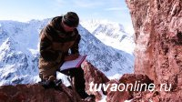 В Туве на хребтах Цаган-Шибэту, Чихачева, в Монгун-Тайге пройдут учеты снежного барса