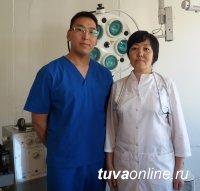 """В горной Монгун-Тайге """"земские врачи"""" провели сложнейшую операцию по резаной ране в сердце"""