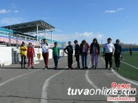 """Газета """"Плюс Информ"""" займется организацией познавательного досуга для 10 школьников Кызыла"""