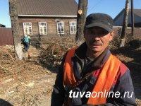 Кызыл: На улице Героя Советского Союза Хомушку Чургуй-оола проведена обрезка деревьев