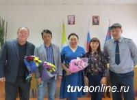 Тува: В колонии-поселении № 3 выступили звезды тувинского театра