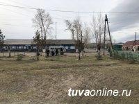 ТываСвязьИнформ: связисты Самагалтая участвовали в озеленении будущей Аллеи Матерей
