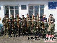 На здании Хадынской средней школы (Тува) открыта мемориальная доска воину-интернационалисту Юрию Айыжы