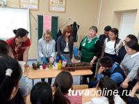 Тува: «Шефы» из Сельхозтехникума провели мастер-классы для учащихся аграрной школы-интерната в Ийи-Тале