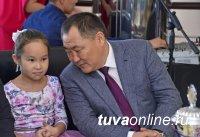 Глава Тувы намерен добиваться изменения критериев отбора регионов в программу выплат на третьего и последующего ребенка
