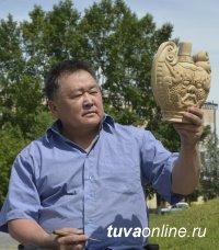 28 июня в Национальном музее Тувы откроется выставка художника-реставратора Херел-оола Ооржака
