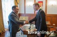 Главы Хакасии и Тувы подписали соглашение о сотрудничестве между регионами