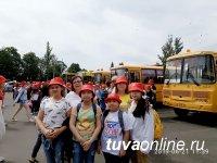 Юные хоровики из Тувы выступили на открытии Международных Ганзейских дней в Пскове