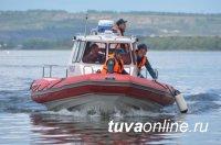 В Туве спасатели продолжают поиски без вести пропавшего на реке 13-летнего мальчика