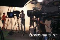 В Туве снимут кино о камнерезном искусстве