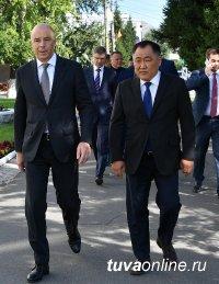 """Глава Тувы Шолбан Кара-оол: """"Мы первые, на ком будут опробованы механизмы форсированного развития"""""""