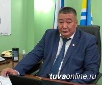 Поздравление с 8 марта первого зампредседателя правительства РТ Шолбана Хопуя