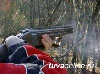 В Туве за убийство в колонию отправили жительницу Тоджи и приговорили к исправительным работам жителя Танды