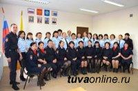 МВД Тувы приглашает жителей выбрать лучшего инспектора по делам несовершеннолетних