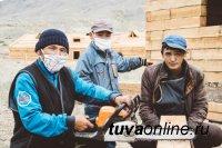 В Чаа-Хольском районе Тувы участники проекта для бывших заключённых обустраивают будущие хозяйства