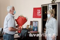 Председатель Верховного Хурала Кан-оол Даваа провел встречу с сенатором Диной Оюн