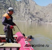 В Туве к поискам двух пропавших на Енисее подключили спасателей Хакасии
