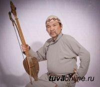 Мэр Кызыла поздравил с Днем рождения Кайгал-оола Ховалыга