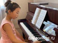 Тува: Первый капремонт после строительства в 1959 году музыкальной школы в Туране