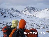 Альпинист из Тувы бесплатно учит детей горному туризму и водит взрослых в походы, которые меняют их жизнь