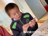 Лепи добро: жители Тувы приготовили тысячу пельменей и передали многодетным и нуждающимся семьям